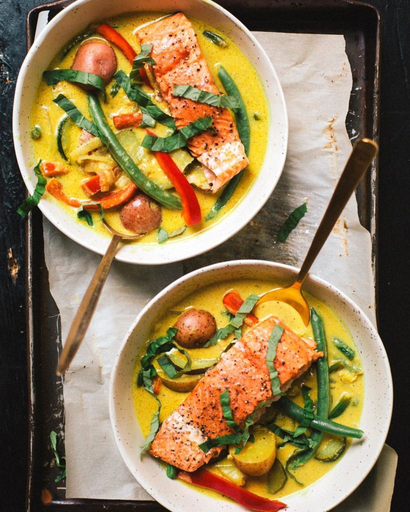 Today ontheblog there is a super clean Whole30 Approved Salmonhellip